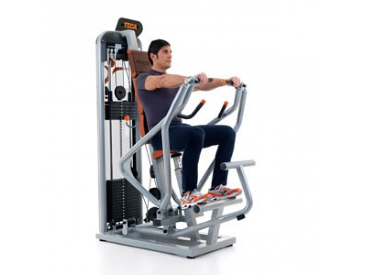 Teca Advanced chest press oefening 1